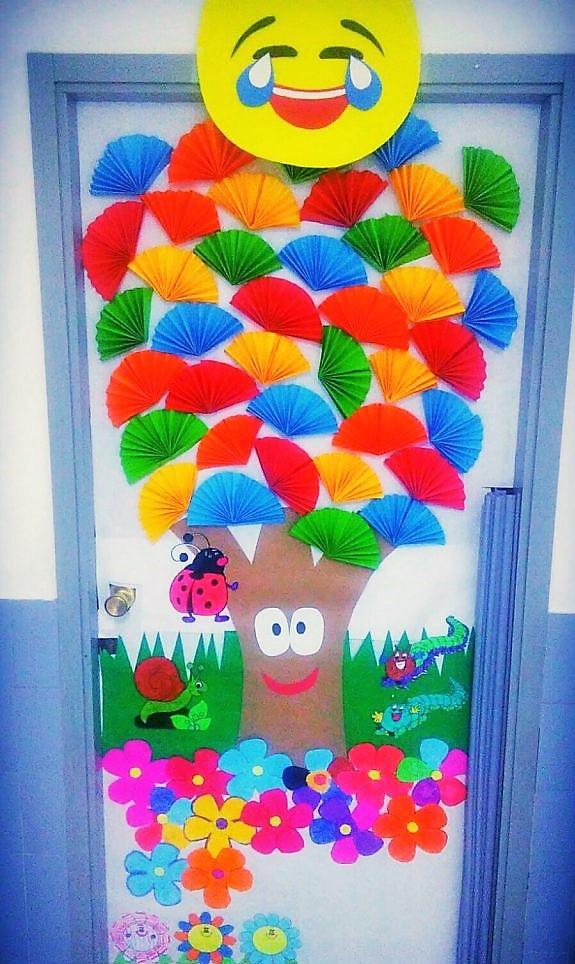 Primavera en 3 de primaria blog educativo del colegio for Puertas decoradas dia del libro
