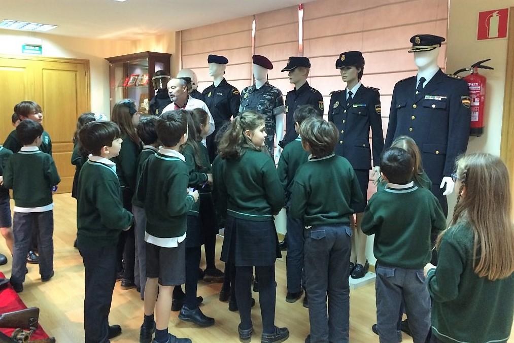 Visita Policía Nacional - 4